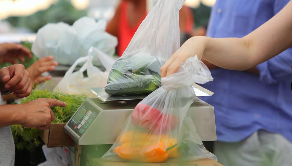 Las bolsas de plástico, un soporte más para la publicidad de tu negocio