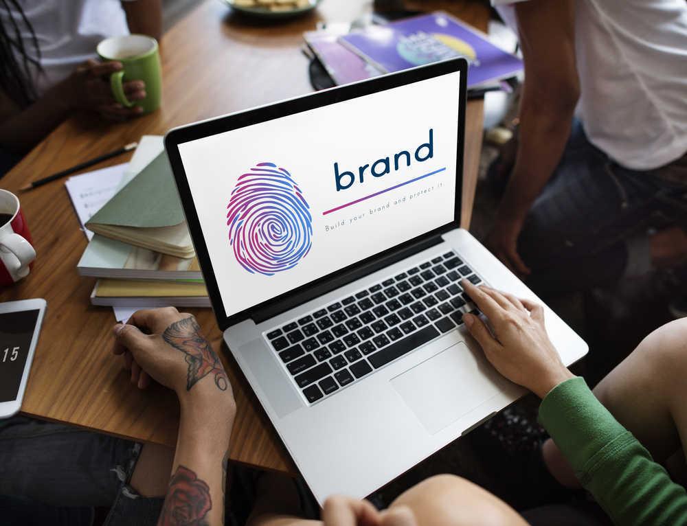 Cómo actualizar tu negocio dándole una nueva identidad corporativa y una nueva identidad visual corporativa