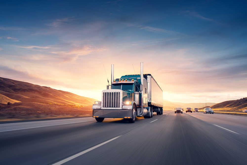 ¿Cómo comenzar tu propia empresa de transporte?