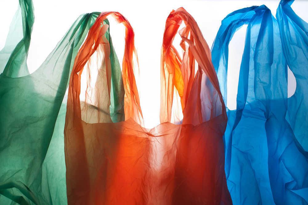 Reciclaje de bolsas plásticas, fundamental para cuidar el medio ambiente